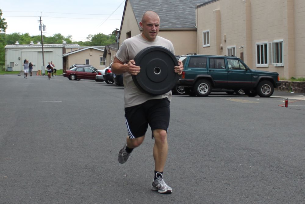 John is moving with that 45lb plate!